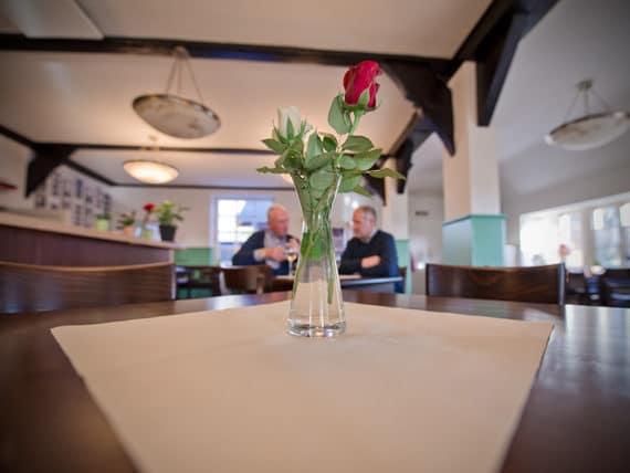 restaurant-moorlose-kirche-innen-g8