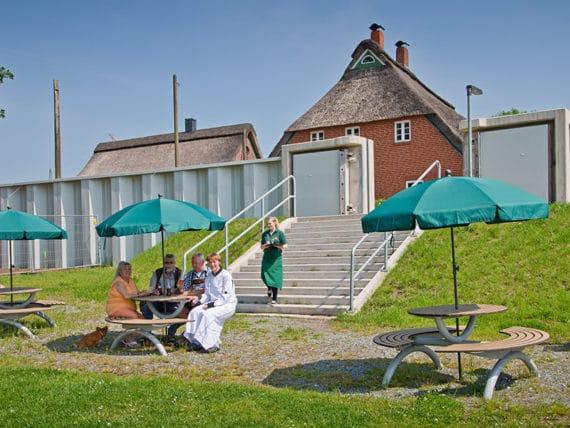restaurant-zur-moorlosen-kirche-sommerterasse-g3