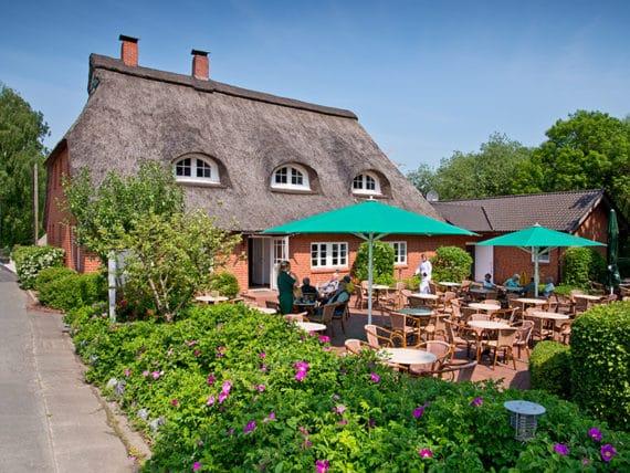 restaurant-zur-moorlosen-kirche-sommerterasse-g5